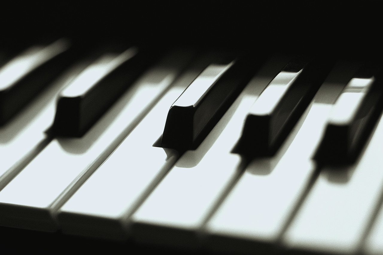 aug15_piano.jpg